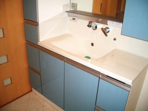 シンプルですっきり 洗面台リフォーム