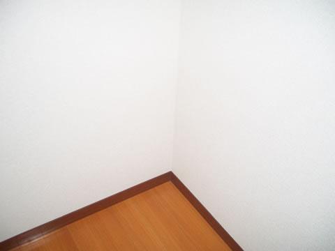 洋室・キッチンの壁紙リフォーム