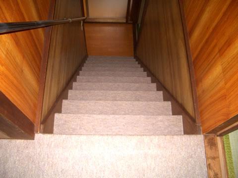 階段 じゅうたんリフォーム