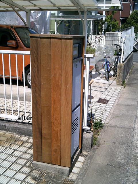 門柱型ポストの修復工事 イタウバ材を使って落ち着いた雰囲気に